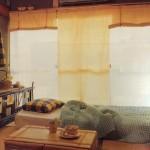 和室でもインテリアをおしゃれに!カーテンやベッドをナチュラルコーディネートにリフォーム