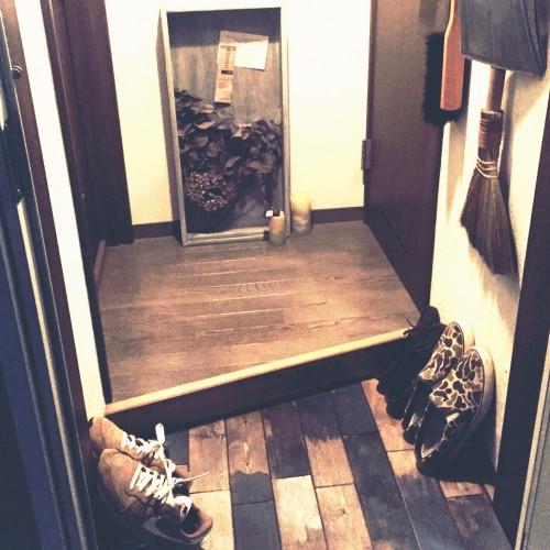 entrance-apartment-shoes_016