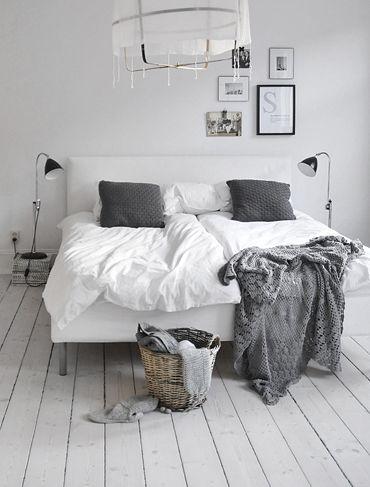 憧れインテリアは白い床!北欧やヴィンテージにも似合う33の白い床の部屋 | iemo[イエモ]: