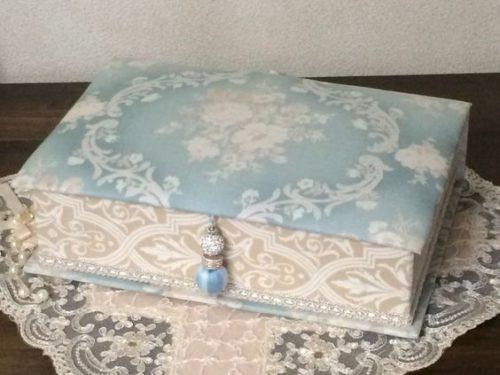 カルトナージュ|ガトー・スケキヨのへらへらの日々・・: ・例1)エレガントなブック型のボックスを作成