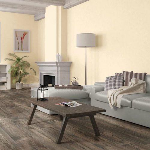 フローリングの床色がダークブラウンのインテリア部屋