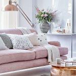 ピンク色のインテリアのコーディネート効果は?大人っぽい部屋やガーリーな部屋の実例24選