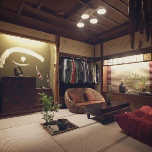 漆喰の壁にウォーターヒヤシンスのソファが似合う和室