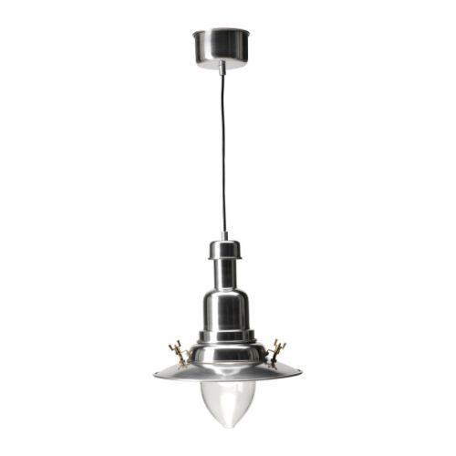 「OTTAVA」ペンダントランプは、ランプシェードの部分が吹きガラスでできていて、手作り感があります。  上の部分はアルミニウムでできているアンティークな質感がいい雰囲気を出してくれます