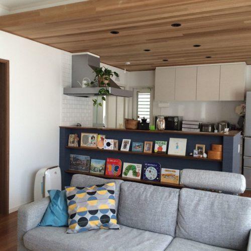 絵本の収納方法!実例5例 おしゃれな手作り・壁・ボックスを使ったアイデアが凄い!