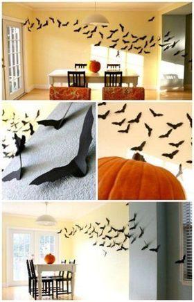 ・沢山のコウモリが飛ぶ部屋を演出