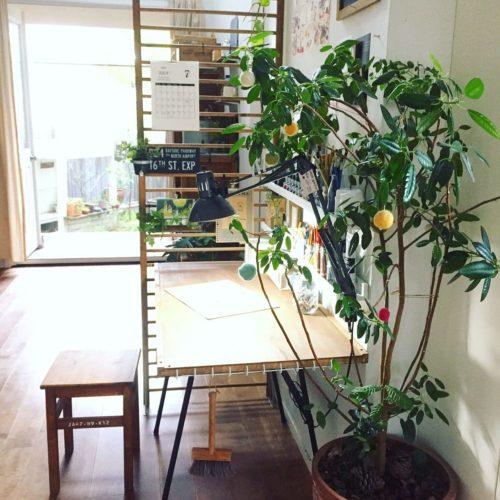 女性で、2LDK、家族住まいのIKEA/照明/お絵描き/テーブル/DIY/観葉植物…などについてのインテリア実例を紹介。