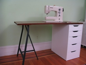 家事テーブルをIKEAのテーブルで作ってみませんか?  KLIMPEN引き出しユニットを土台