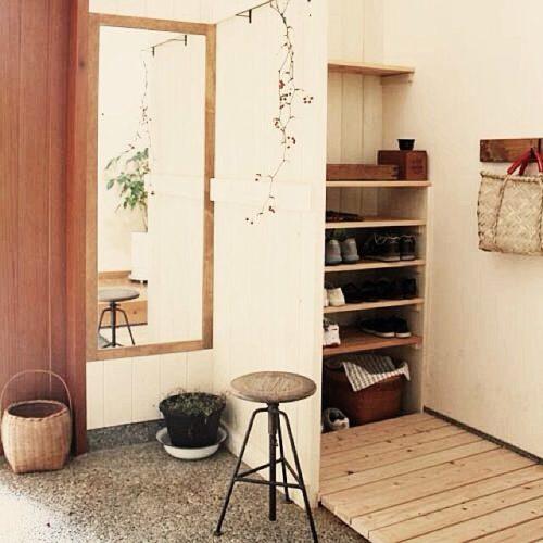 玄関を和風に演出する玄関インテリア