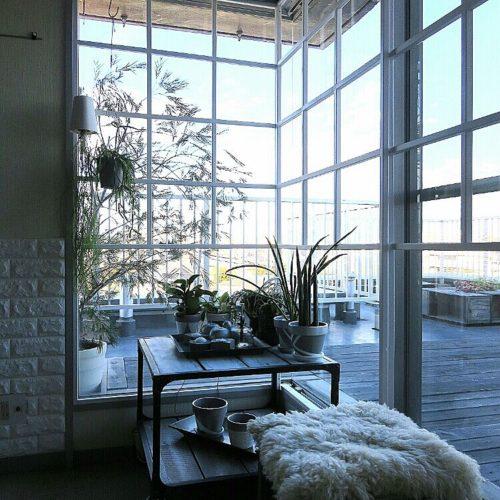 女性で、4LDKのムートン/私の部屋/Blog更新しました/窓枠DIY/DIY/白…などについてのインテリア実例を紹介。