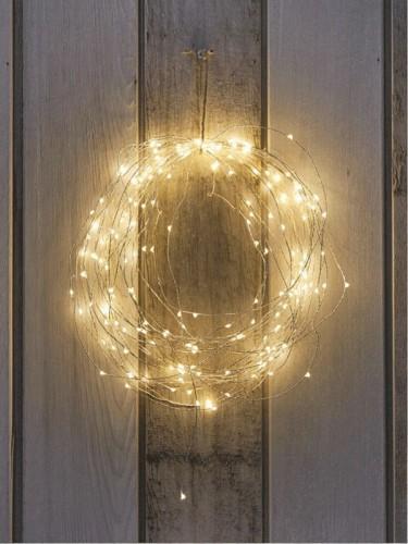 christmas-wall-interior_07