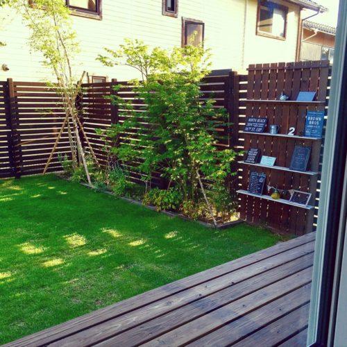 庭の目隠しフェンスのDIY例