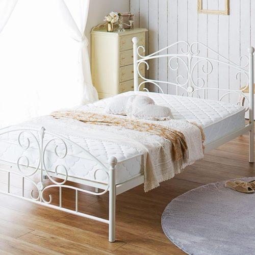 「ベルーナ」のかわいい家具・姫系インテリア通販の「ラブロマ(ラブリーロマンティック)」