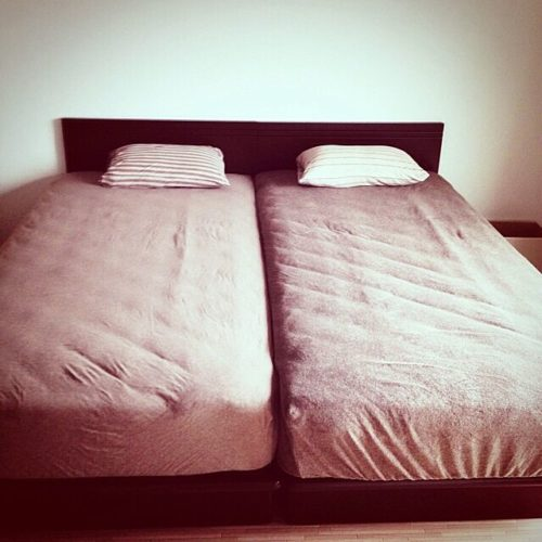 女性で、2DKのマットレス/ベッド/ニトリ/無印良品/ベッド周りについてのインテリア実例を紹介。