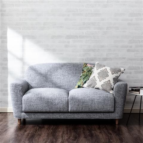 楽天市場などにも中古のフランフランのソファが売ってあるのを見かけます。  それだけ買取も行われているという事で、また安いフランフランのソファを購入したい場合は中古を購入すると言う方法