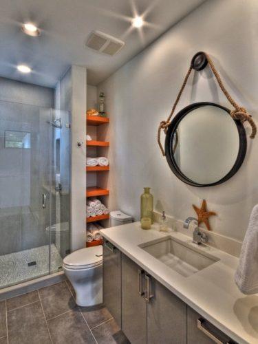 Home Decor Contemporary Bath. バスルームのインテリアコーディネイト実例: