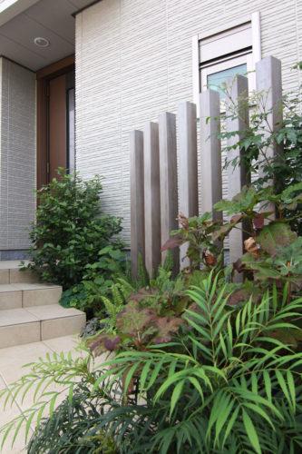 玄関アプローチのデザイン