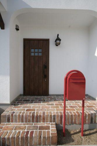 玄関アプローチの階段をDIY