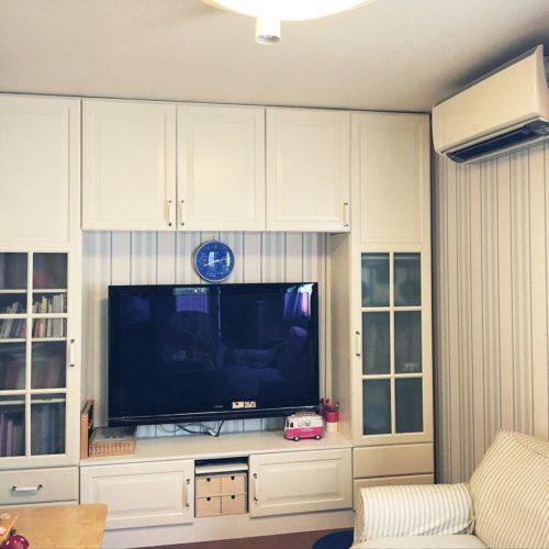 女性で、Otherの壁紙貼り替え/壁紙DIY/ローラアシュレイ/IKEA/壁面 収納/テレビ台DIY…などについてのインテリア実例を紹介。