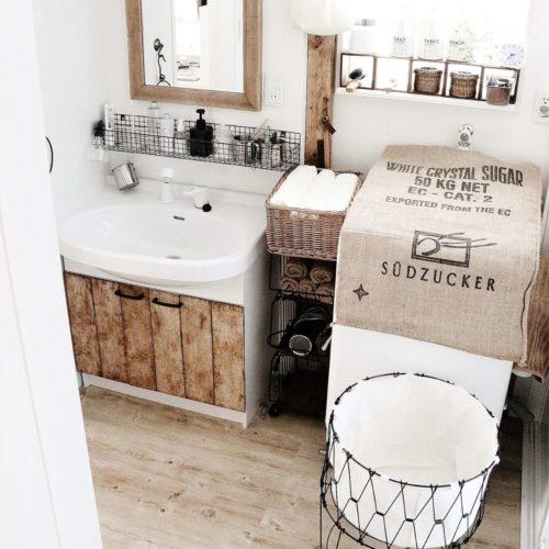 女性で、3LDKの洗面台DIY/床材DIY/リメイクラック/セリア/ランドリーラック/収納…などについてのインテリア実例を紹介。