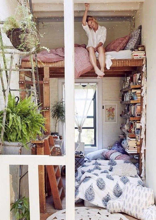 読書部屋の空間をおしゃれに!インテリア画像20選!賢い収納スペースのアイデア
