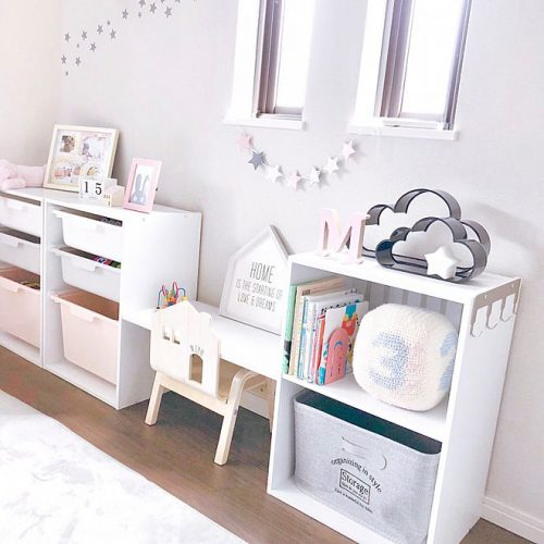 Children's clothes storage tool,grows you can change the color box is the best!