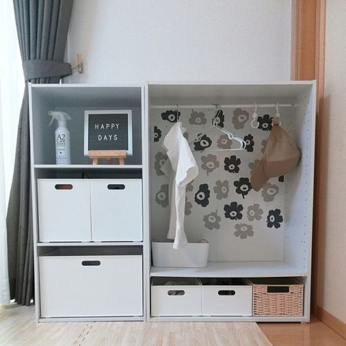 Of the color box(color box)using children's clothes storage example