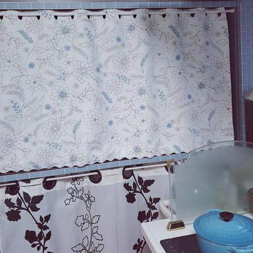 突っ張り棒カーテン作り方ハトメ