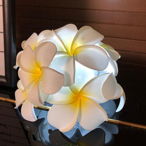 100均ライトDIYランプ造花