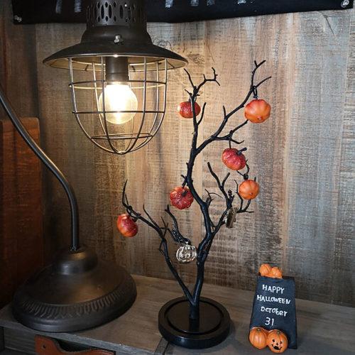 100均ハロウィンおしゃれな飾り付けブランチツリー