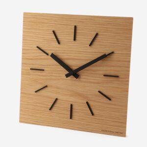 乙女ゲーム会社「ペガサス・インク」のオフィスで使われている時計